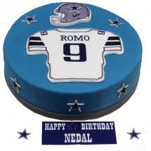 football-player-birthday-cake-pastryxpo