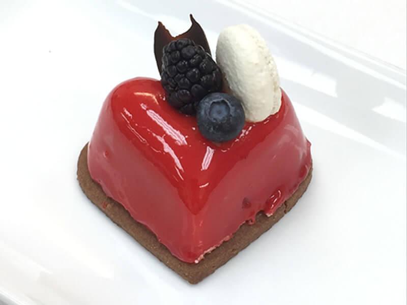 Cupid 3″ cake