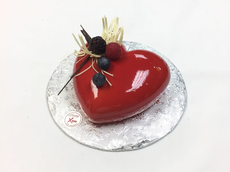 Valentine Red White Chocolate Glaze Cake